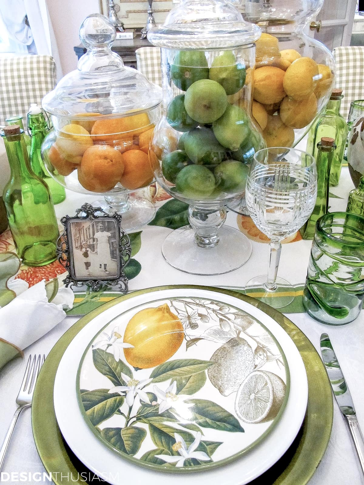 Father's Day decorations | A citrus tablescape - designthusiasm.com