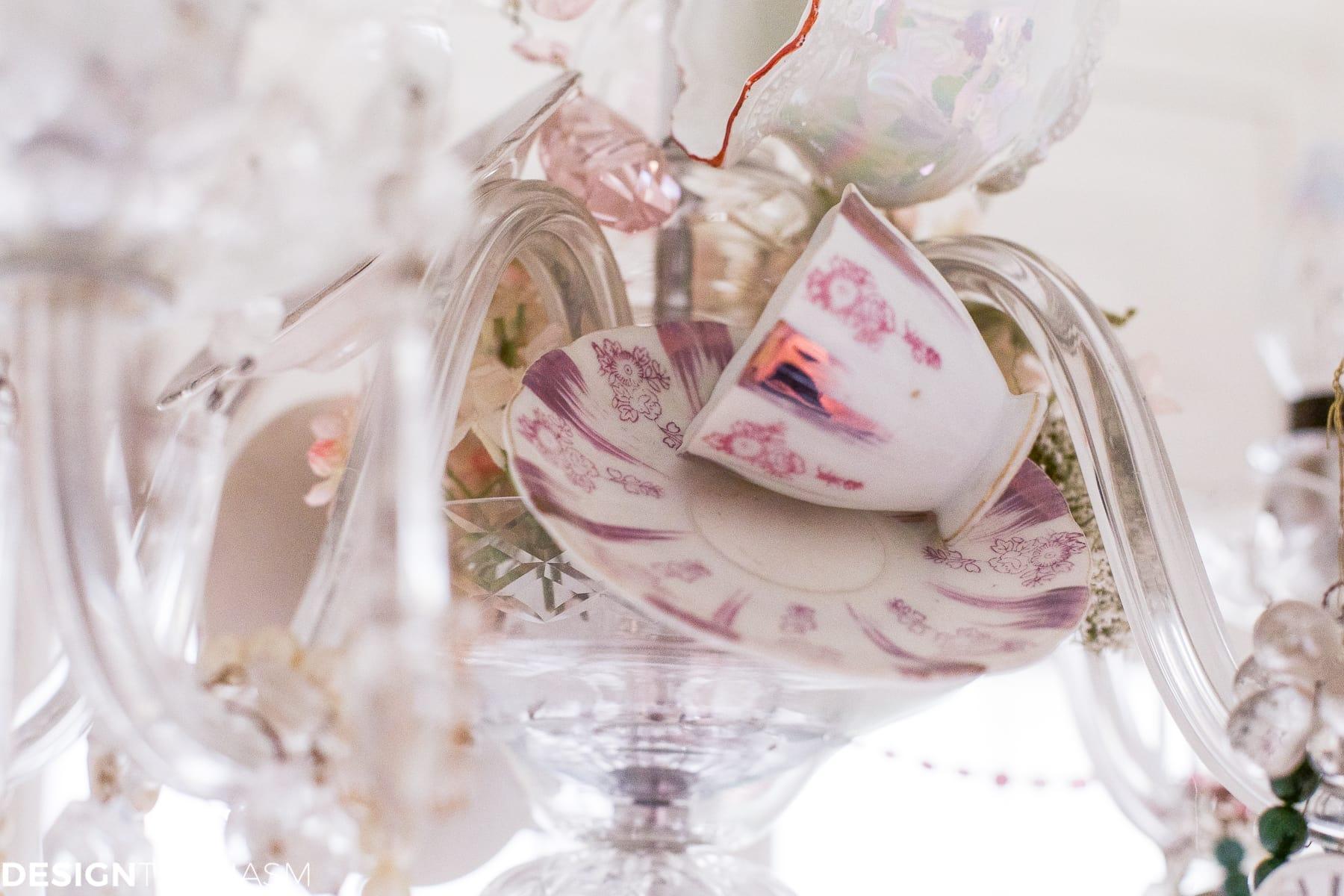 Teacup chandelier   How to personalize your vintage chandelier - designthusiasm.com