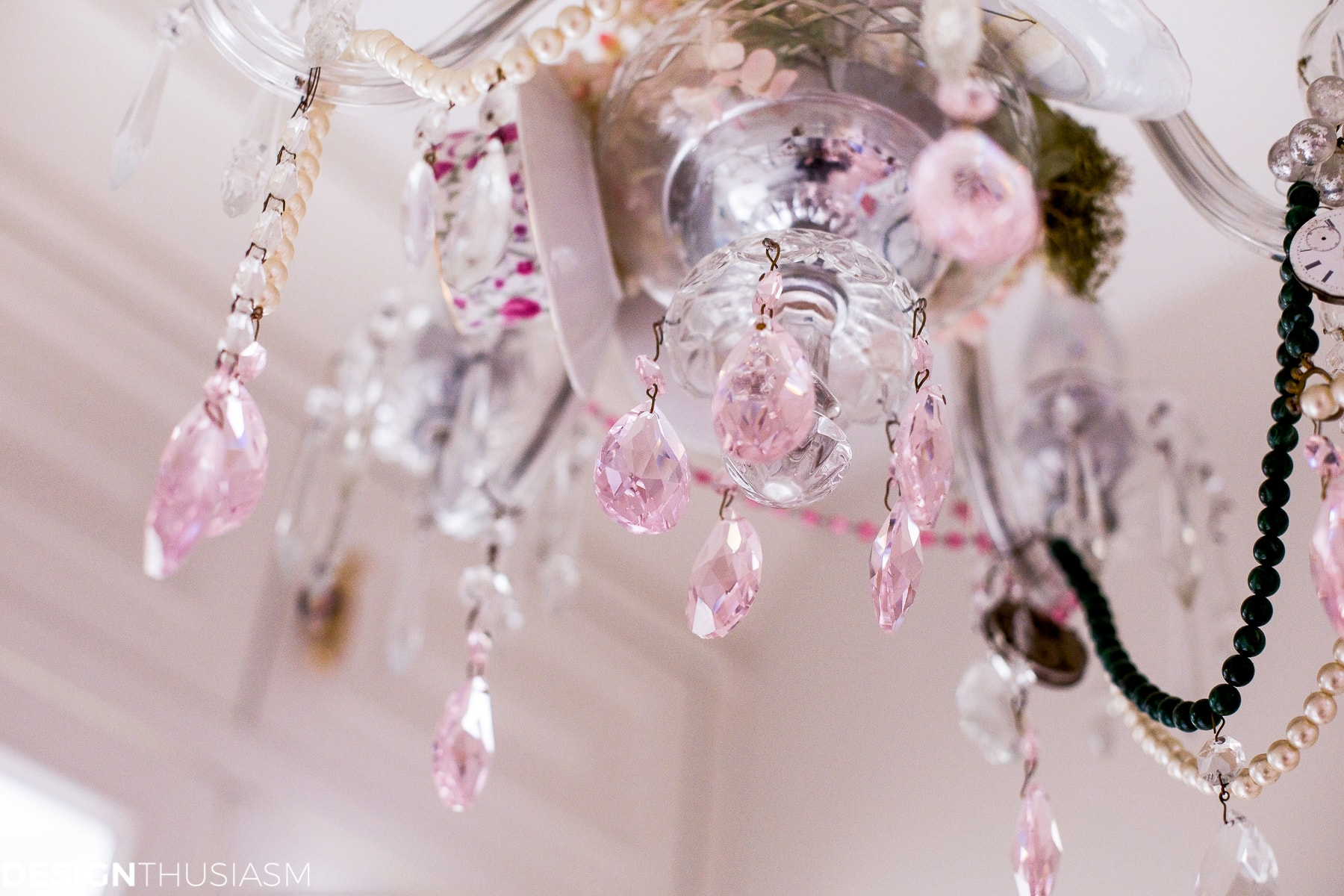 Teacup chandelier | How to personalize your vintage chandelier - designthusiasm.com