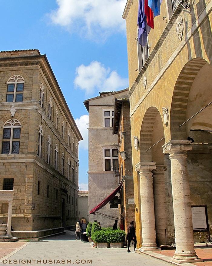 Pienza's main piazza