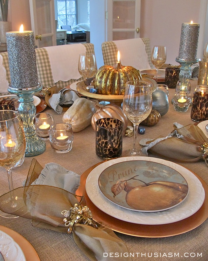 A unique Thanksgiving table