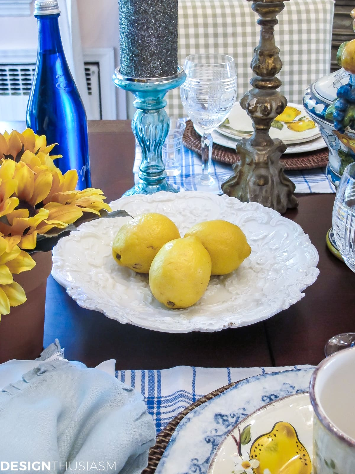 Table Decor: Amalfi Inspired Italian Pottery Tablescape - designthusiasm.com