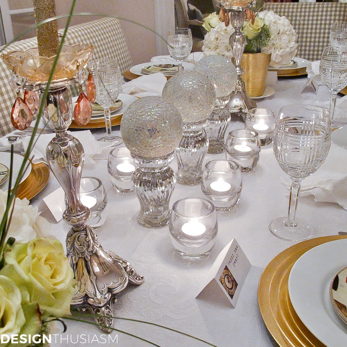 New Years Eve Party Themes | Tablescape with Timepieces - designthusiasm.com