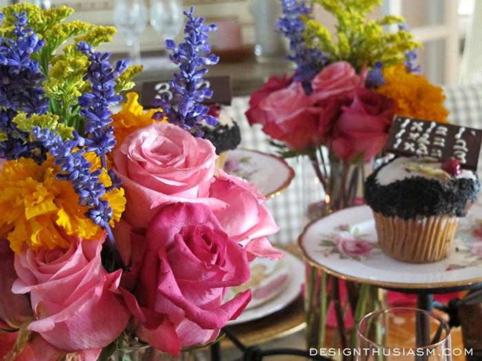 Festive Book Club Floral