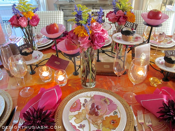 Festive Book Club Tablesetting