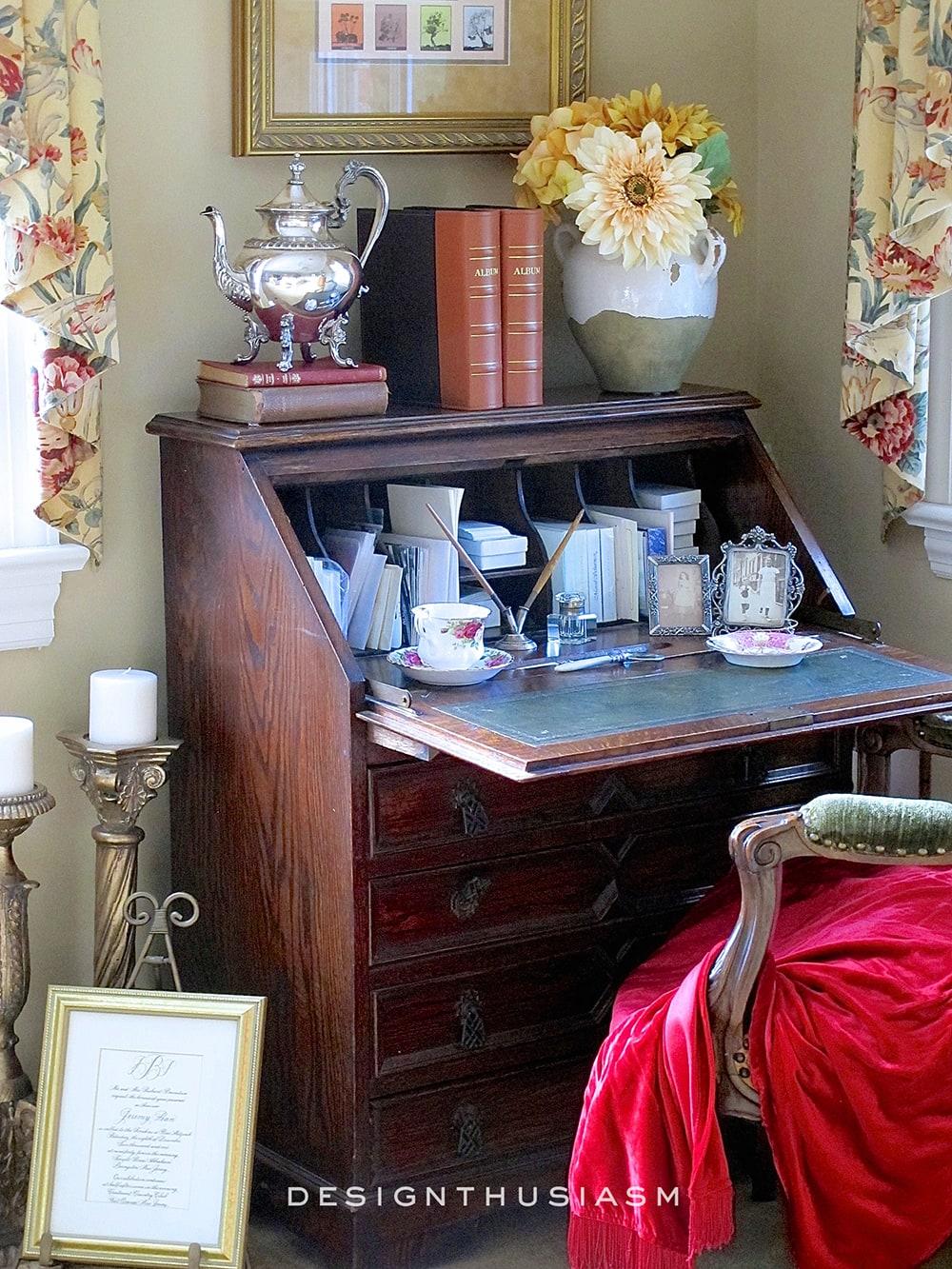 Family Room   Family House Tour   Designthusiasm.com