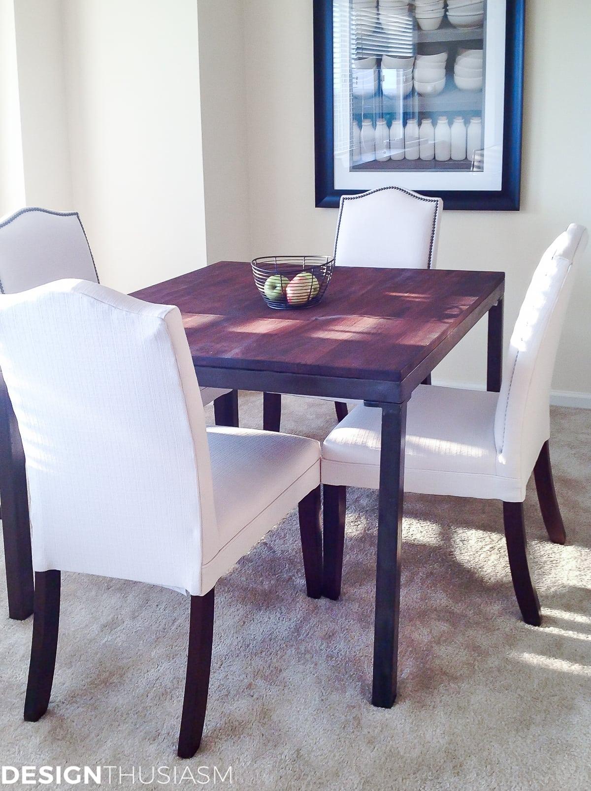 Bachelor Apartment: Small Dining Room Ideas | Designthusiasm.com