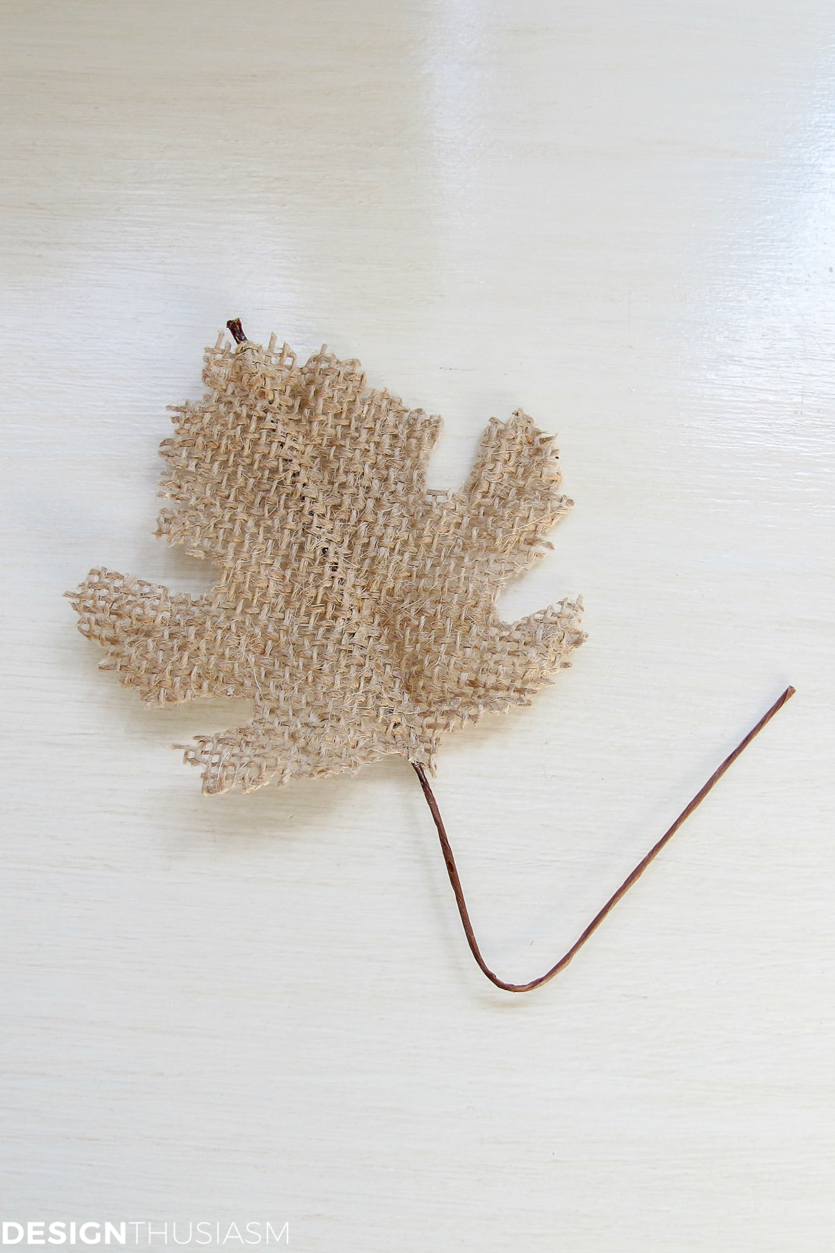burlap leaf for DIY Thanksgiving napkin rings