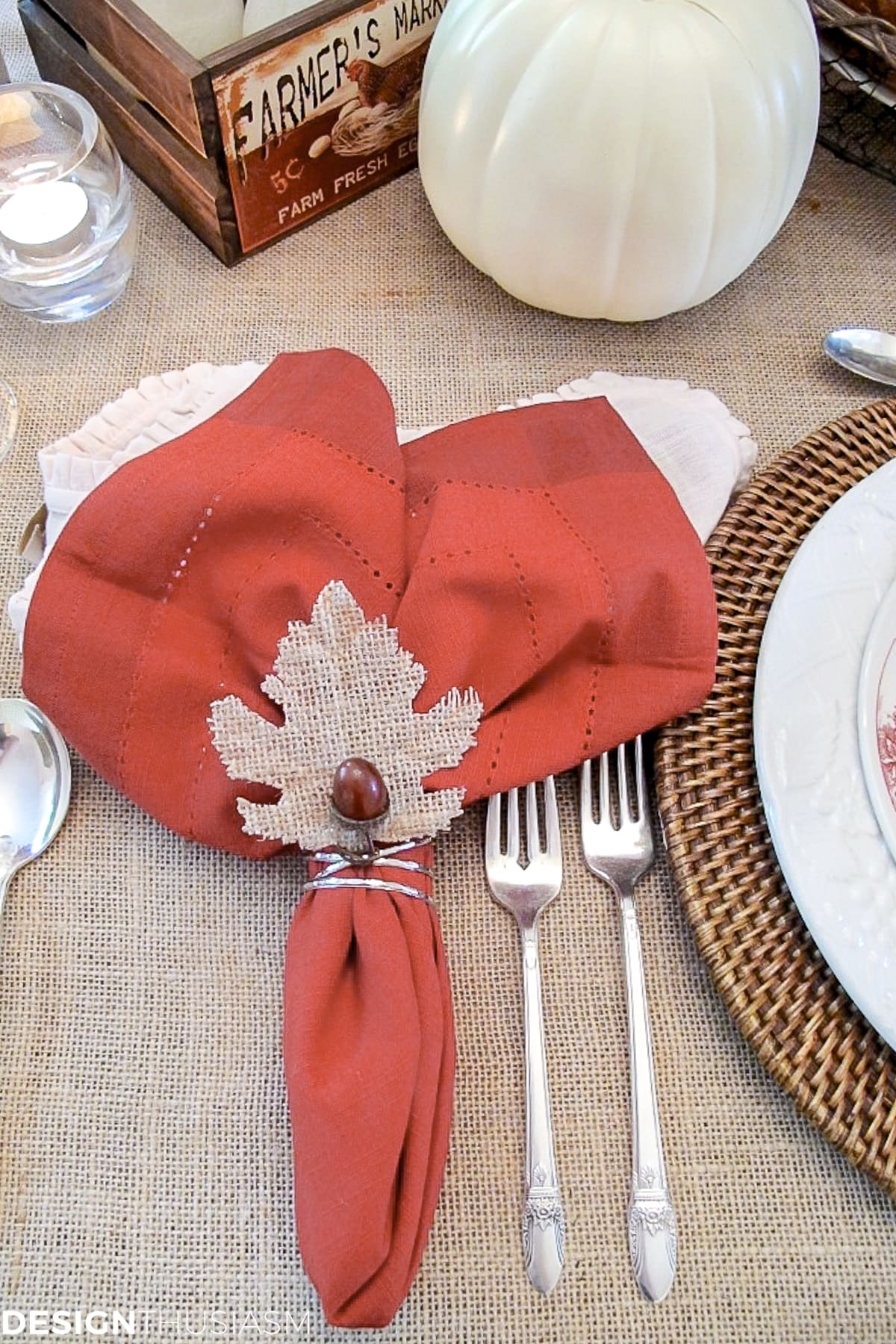 Super Easy Diy Napkin Rings Acorn Leaf Thanksgiving Napkin Rings