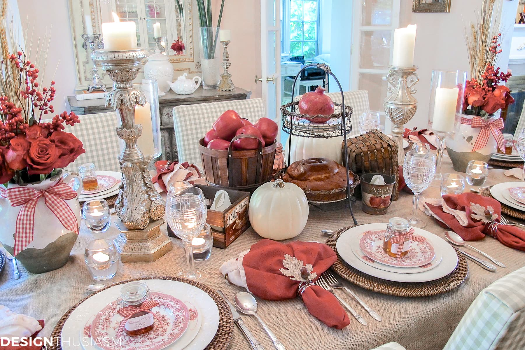 DIY Thanksgiving napkin rings in a fall tablescape