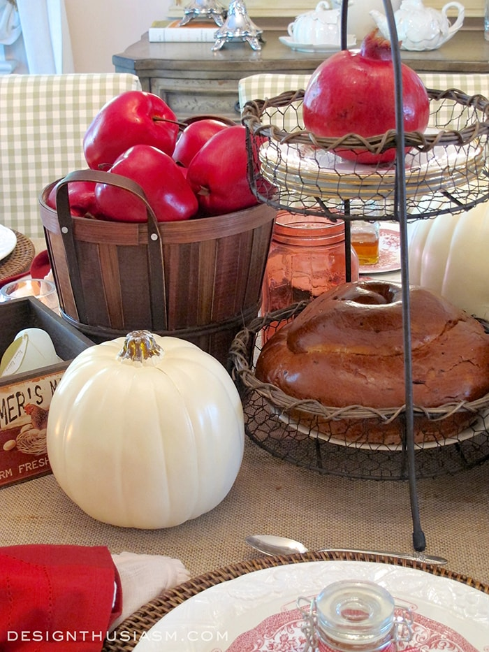 Apples and Honey Table Setting
