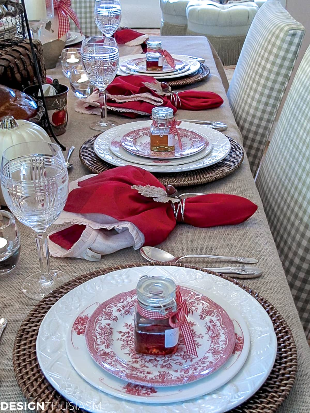 apples and honey at each place setting for Rosh Hashanah dinner