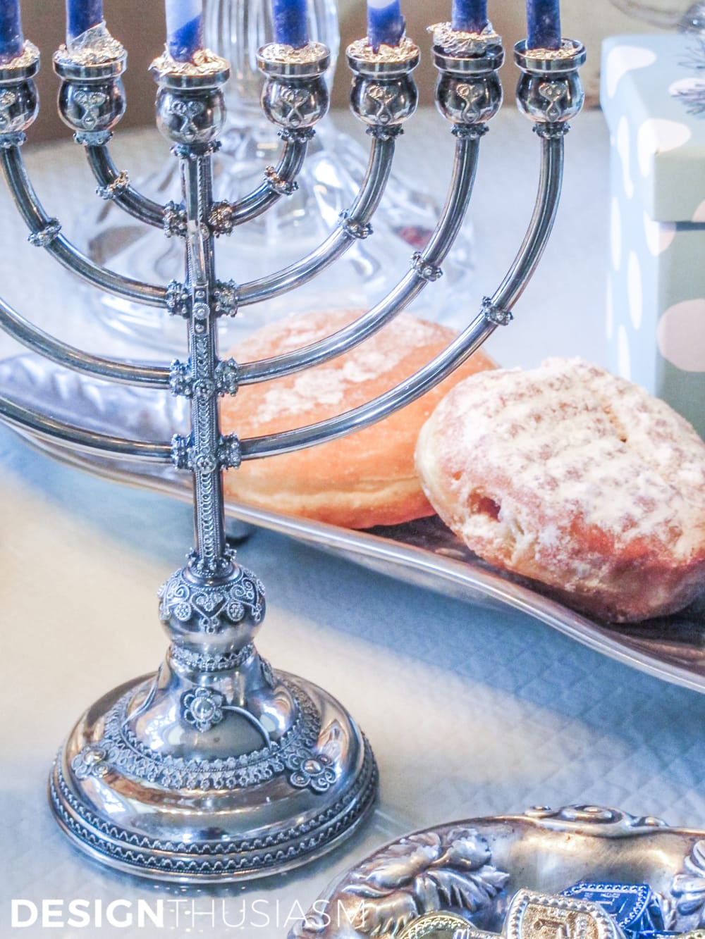 Elegant Hanukkah Decor Using Tiffany Blue   Designthusiasm.com