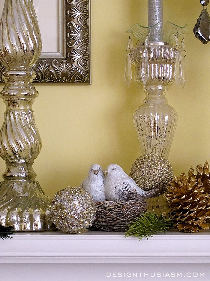 How to Decorate a Holiday Mantle