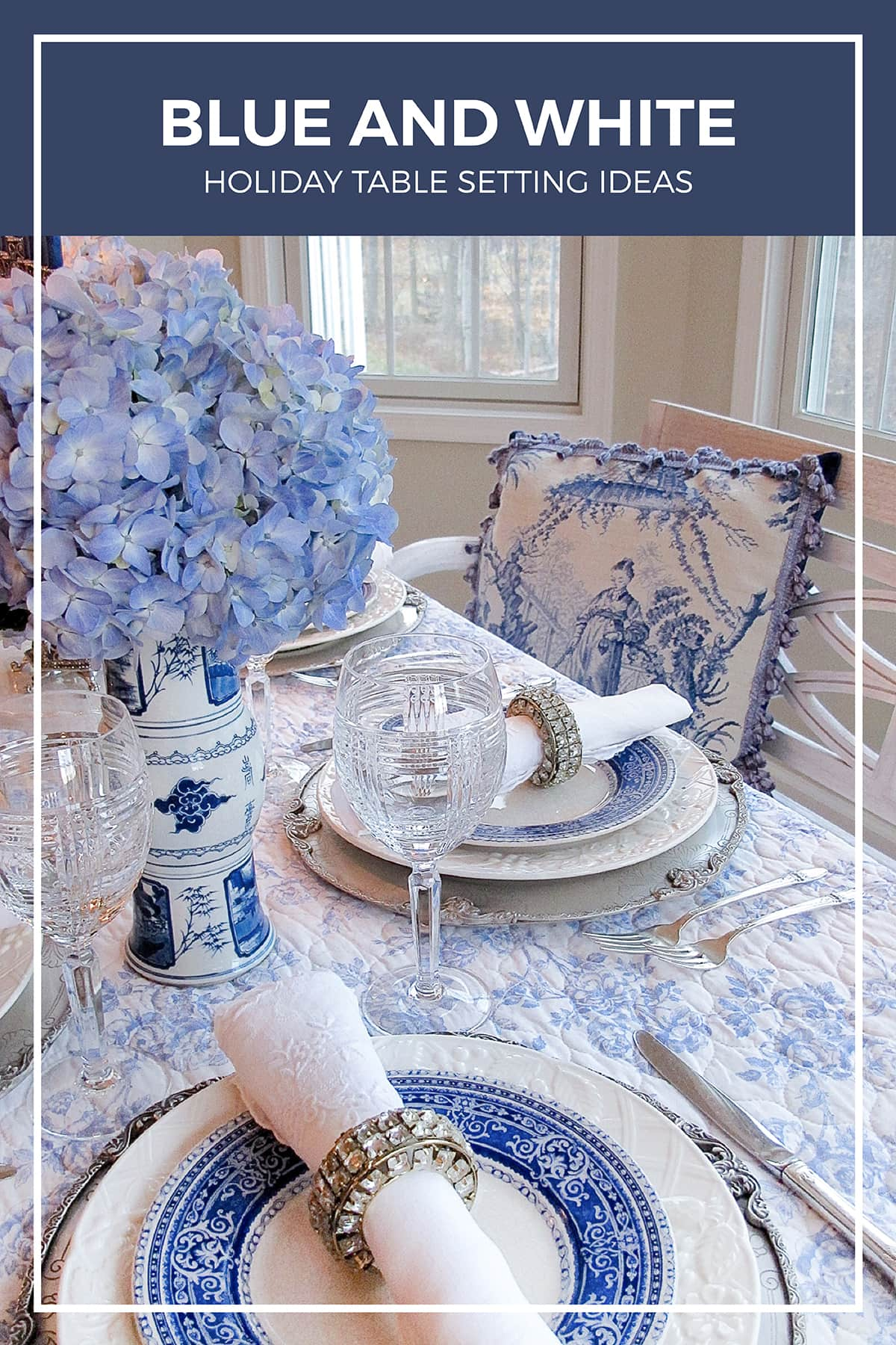 Blue and White Holiday Table Setting Ideas | Designthusiasm.com