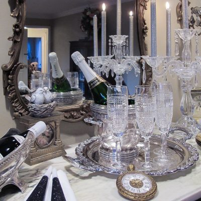 Ideas for New Years Eve: Posh Serving Bar Styling Tips