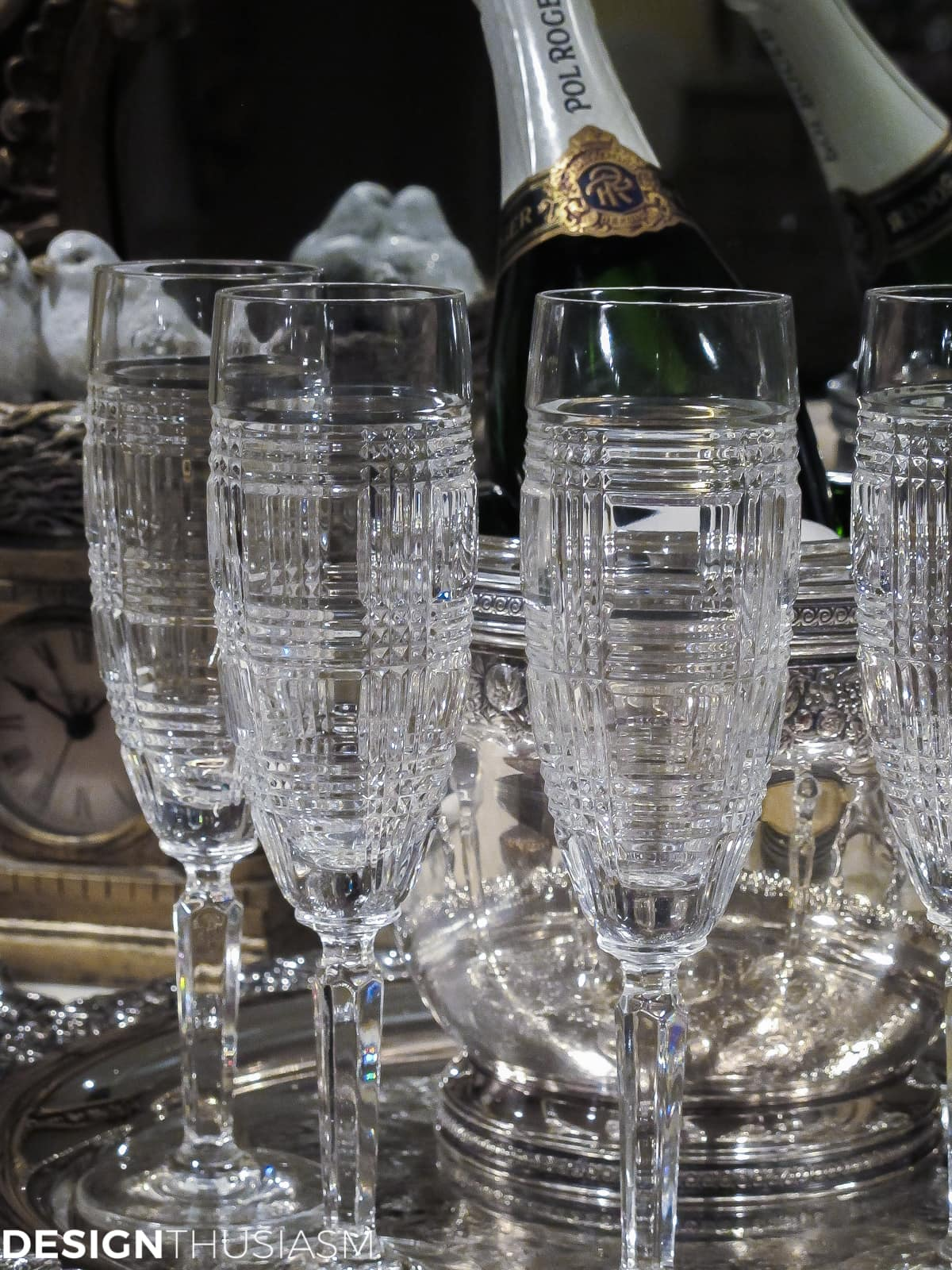 ideas for new years eve serving bar with crystal champagne flutes
