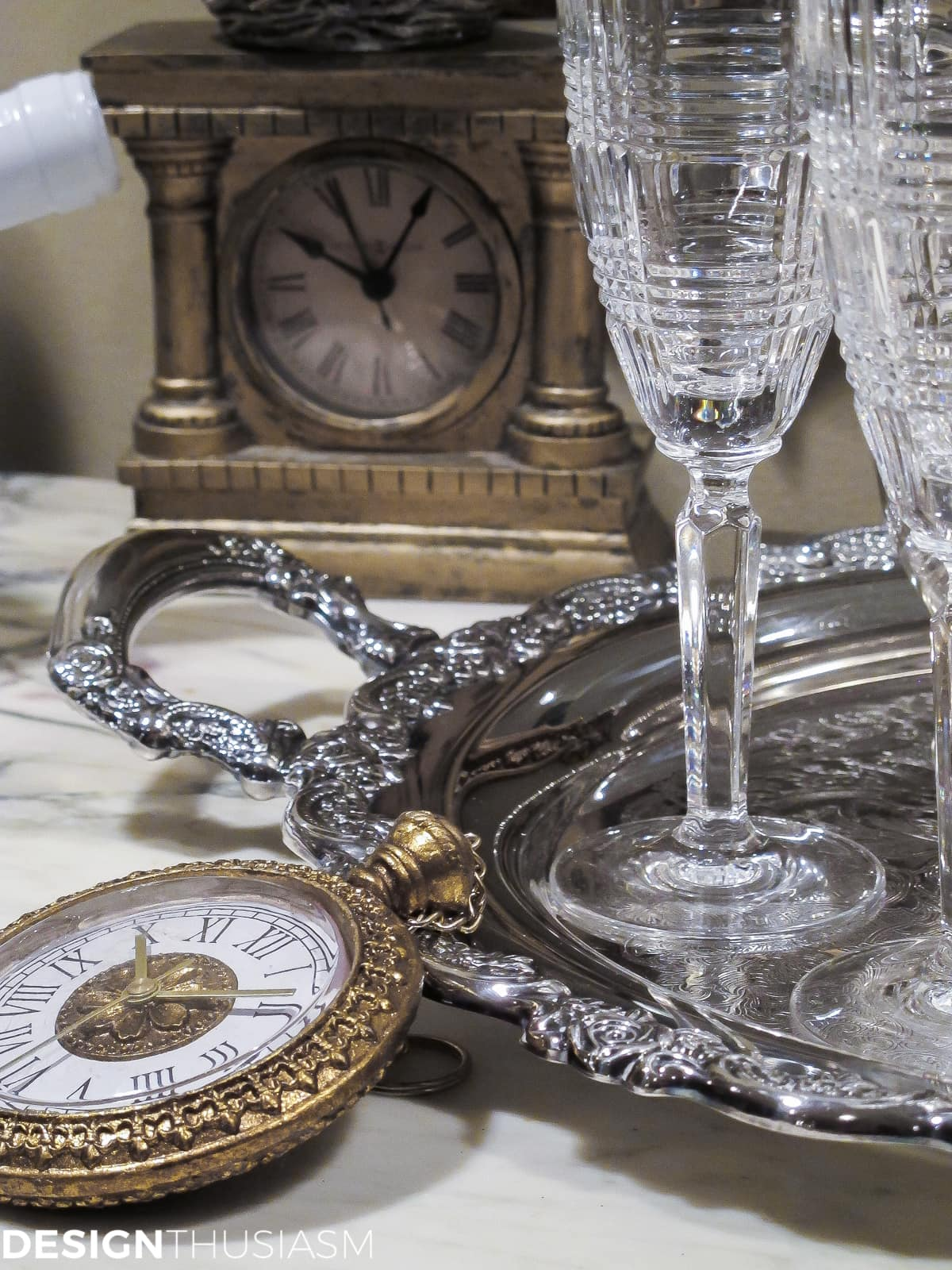 ideas for new years eve serving bar with clocks and time pieces
