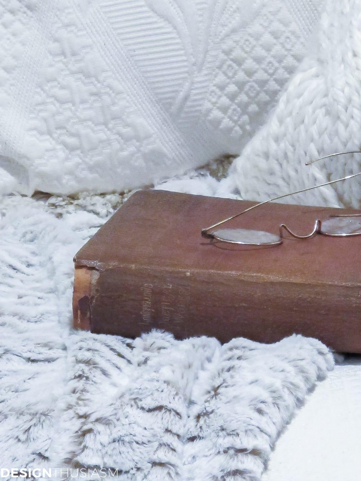Cozy Homes: 9 Ways to Add Winter Warmth to Your Home | Designthusiasm.com
