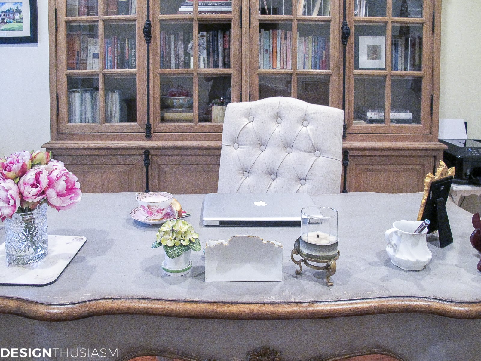 Decorating the Study with French Style Furniture | Designthusiasm.com