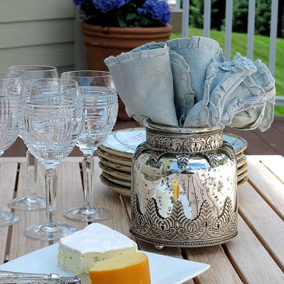 Outdoor Entertaining: Casual Wine and Cheese on the Patio