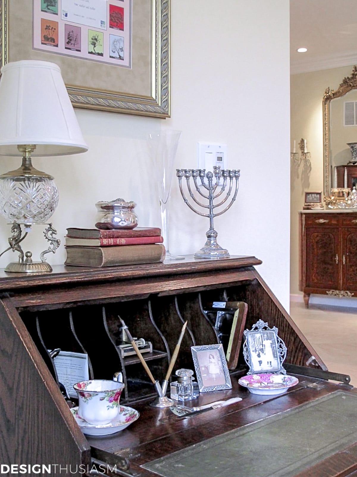 living room writing desk
