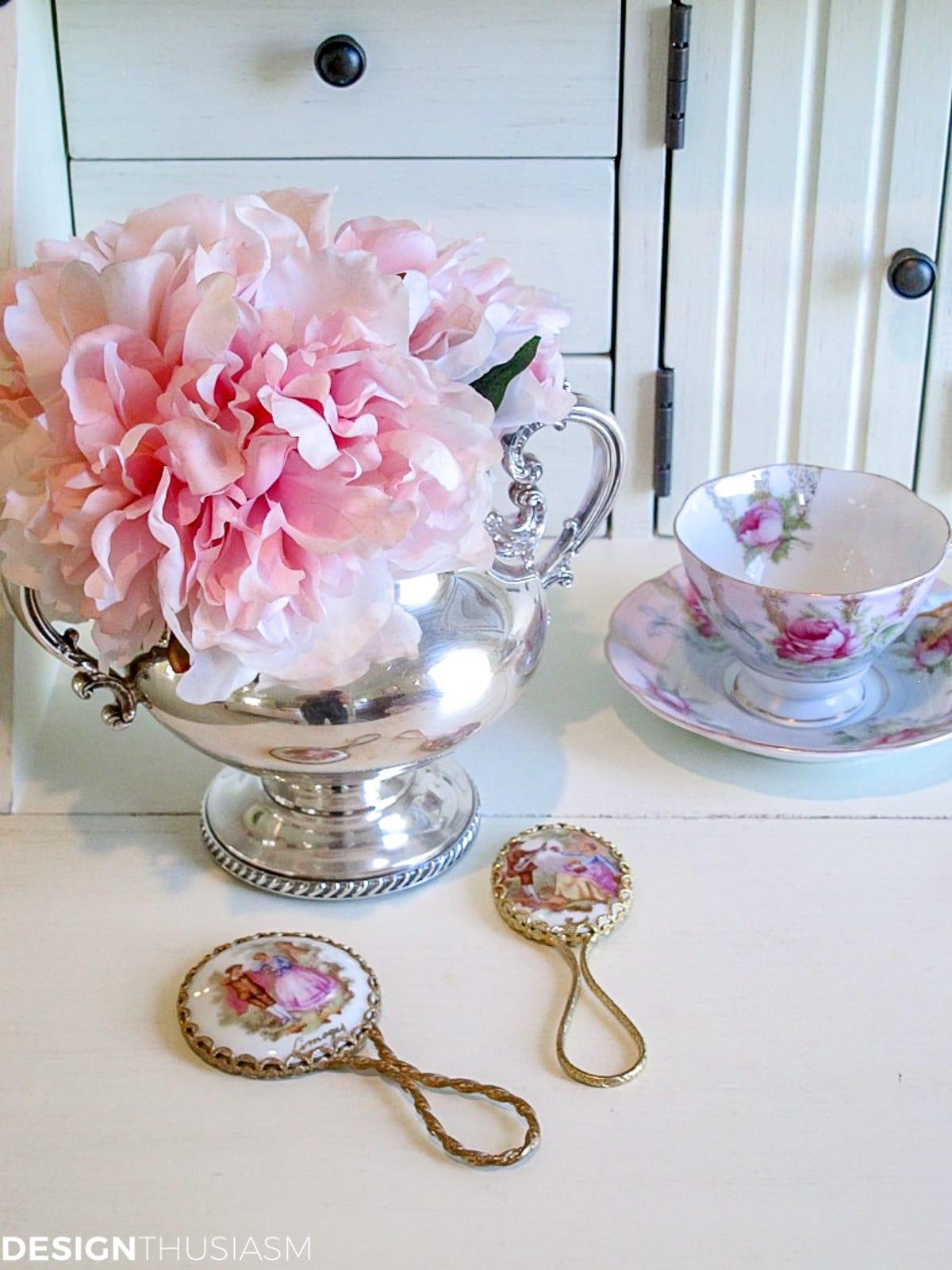 bedroom vanity dressing table