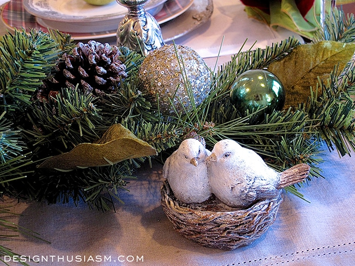 Christmas Dinner Table Setting - Designthusiasm.com
