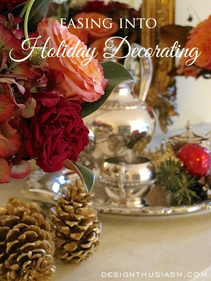 Holiday Decor in the Entry Foyer - Designthusiasm.com