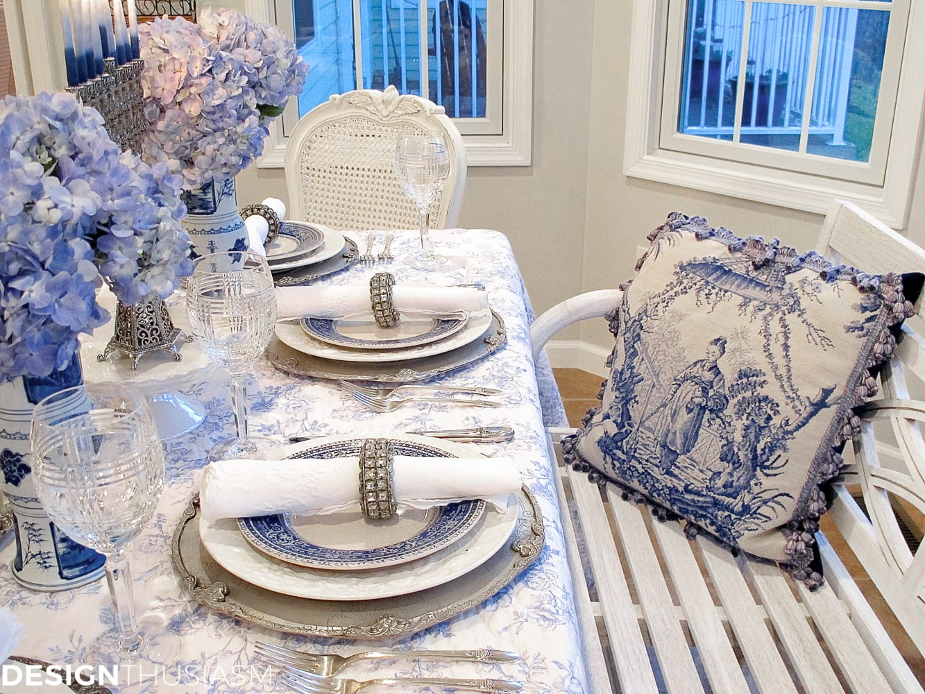 French Toile in a Blue and White Holiday Table Setting - Designthusiasm.com : french table setting - pezcame.com