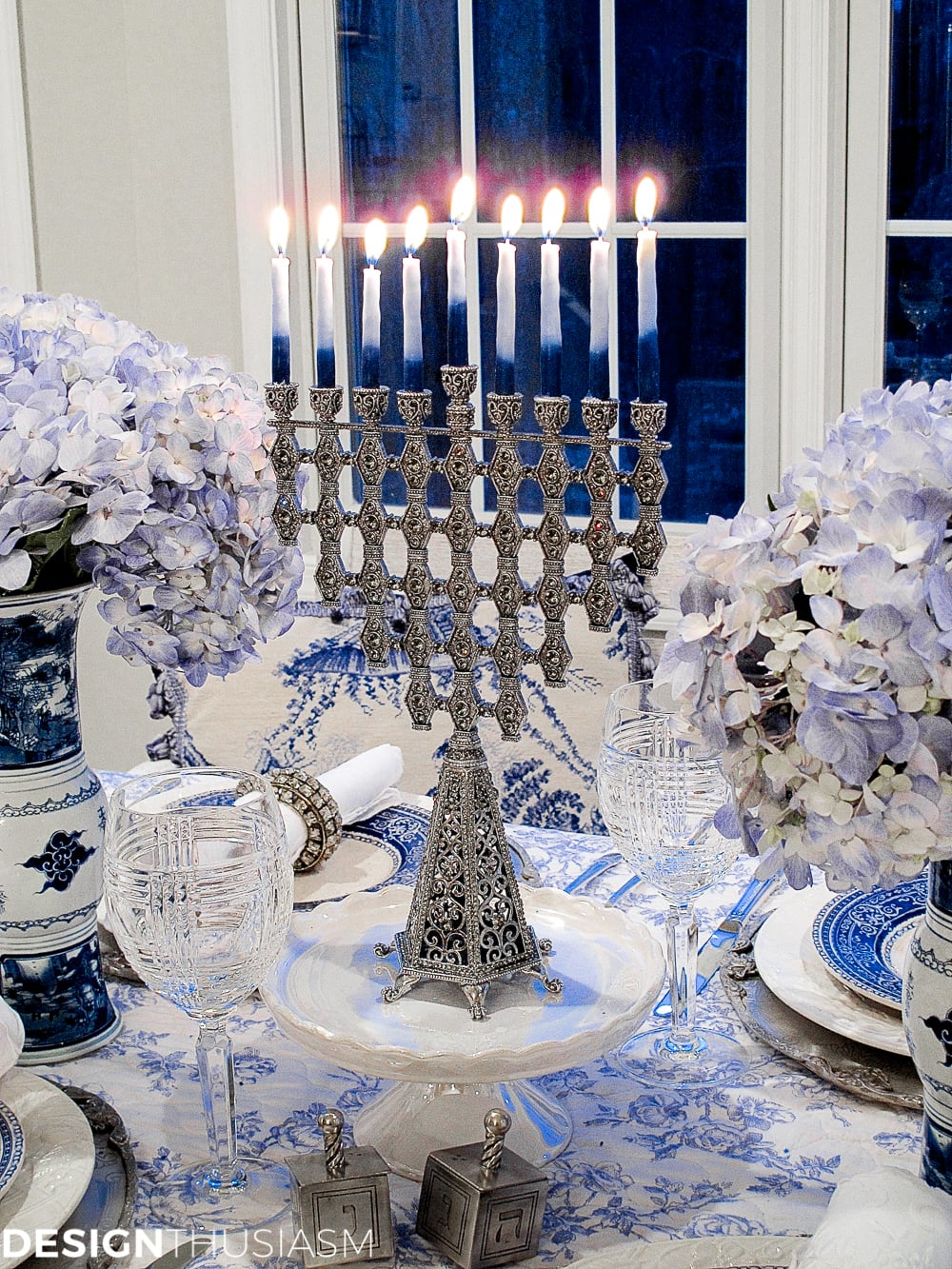 French Toile in a Blue and White Holiday Table Setting - Designthusiasm.com
