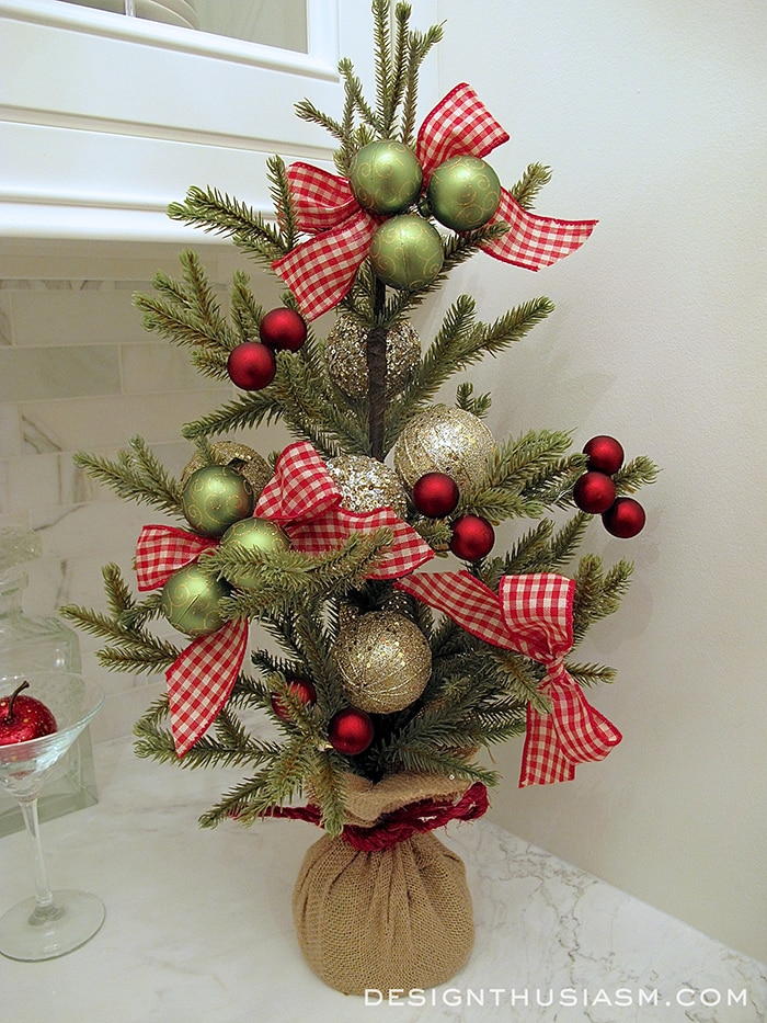 Tabletop Christmas Tree - Designthusiasm.com