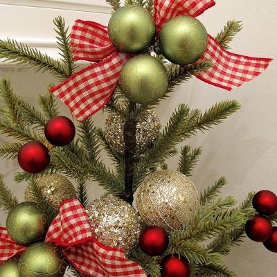 Tabletop Christmas Tree - Designthusiasm.com