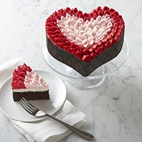 Valentine's Day Tabletop Ideas - Designthusiasm.com