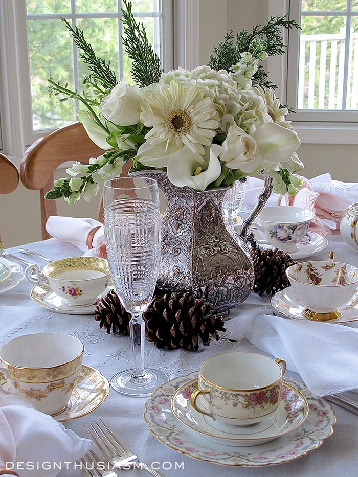 A Winter Floral for an Afternoon Tea - Designthusiasm.com
