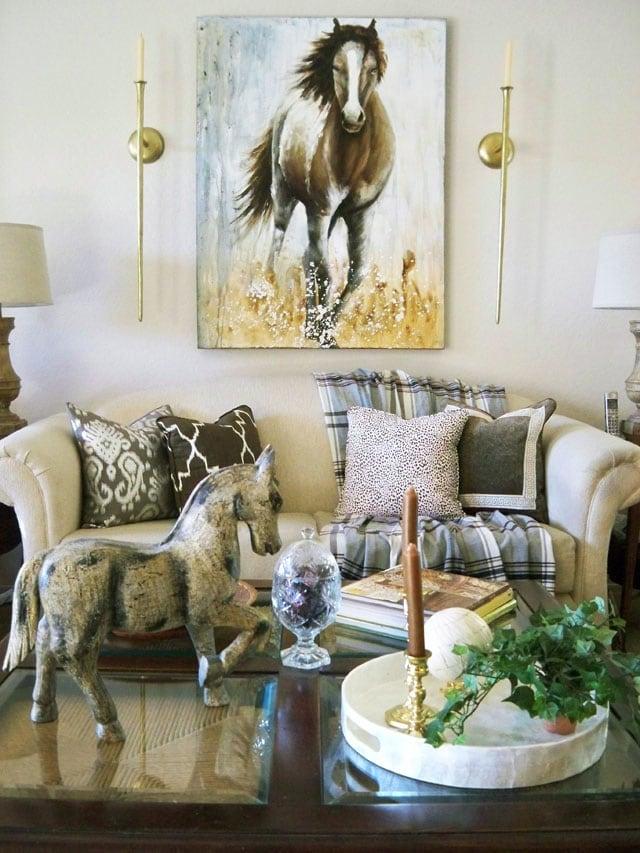 neutral living room - Link Party Feature - Designthusiasm.com