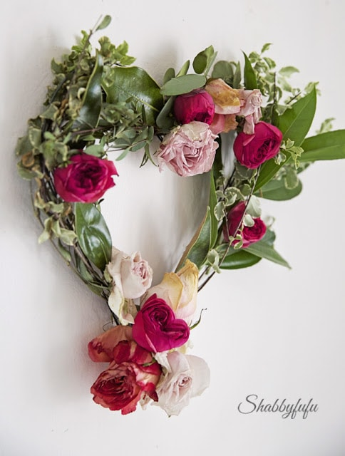 valentines day wreath with flowers