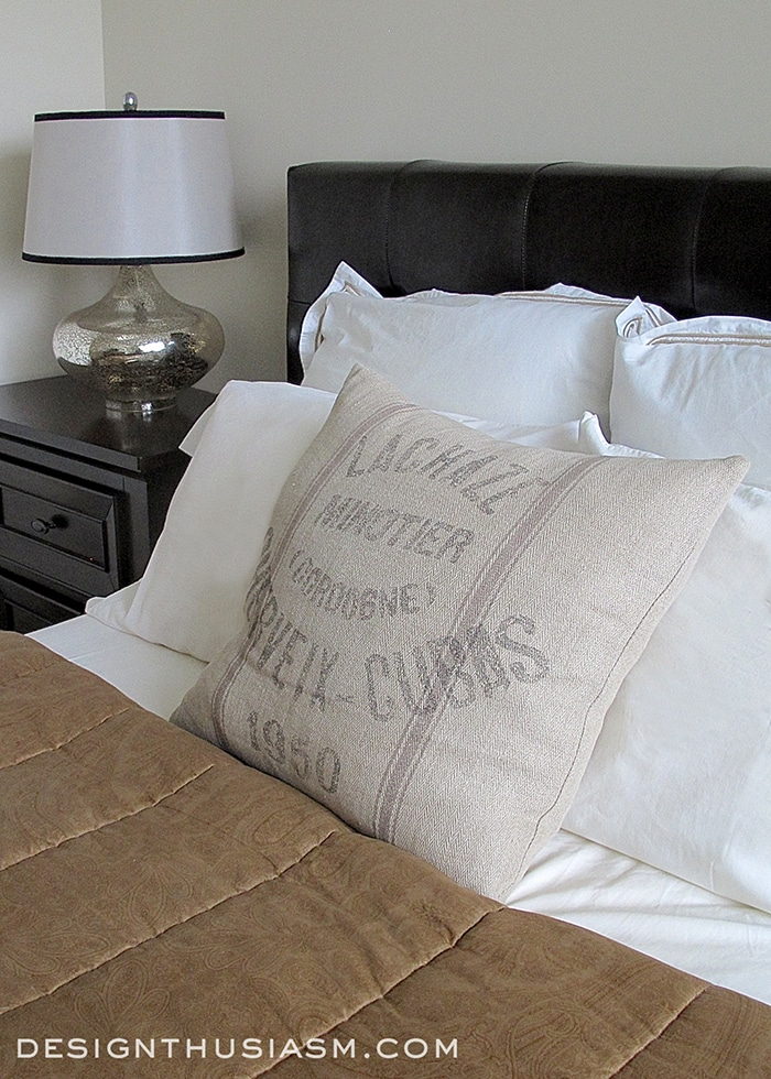 Bachelor Pad Bedroom - Designthusiasm.com