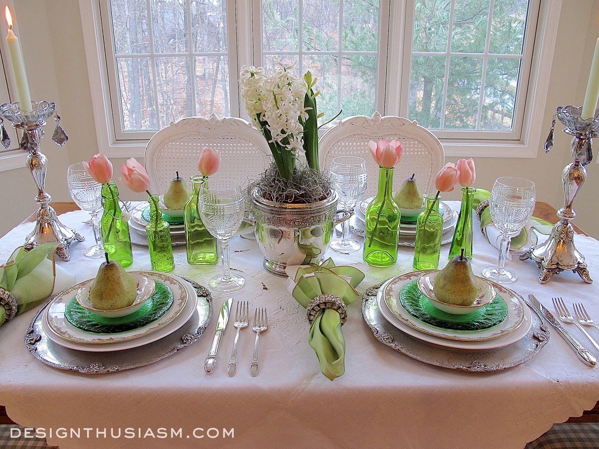 An Elegant St Patricks Day Tablescape