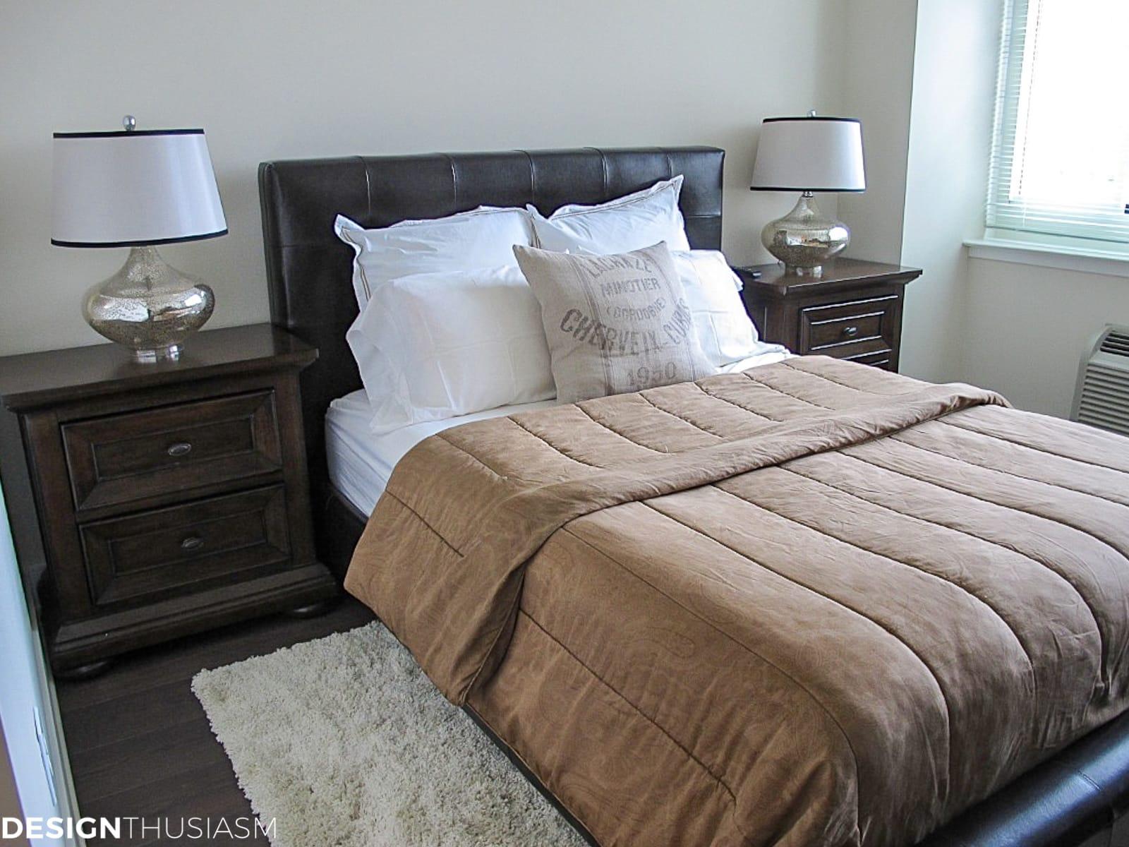 bachelor pad mens apartment bedroom