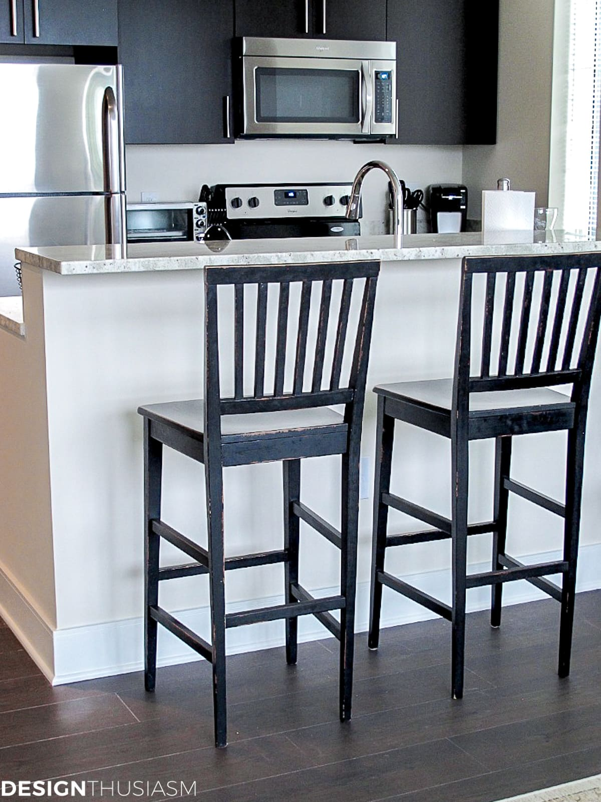 bachelor pad mens apartment kitchen