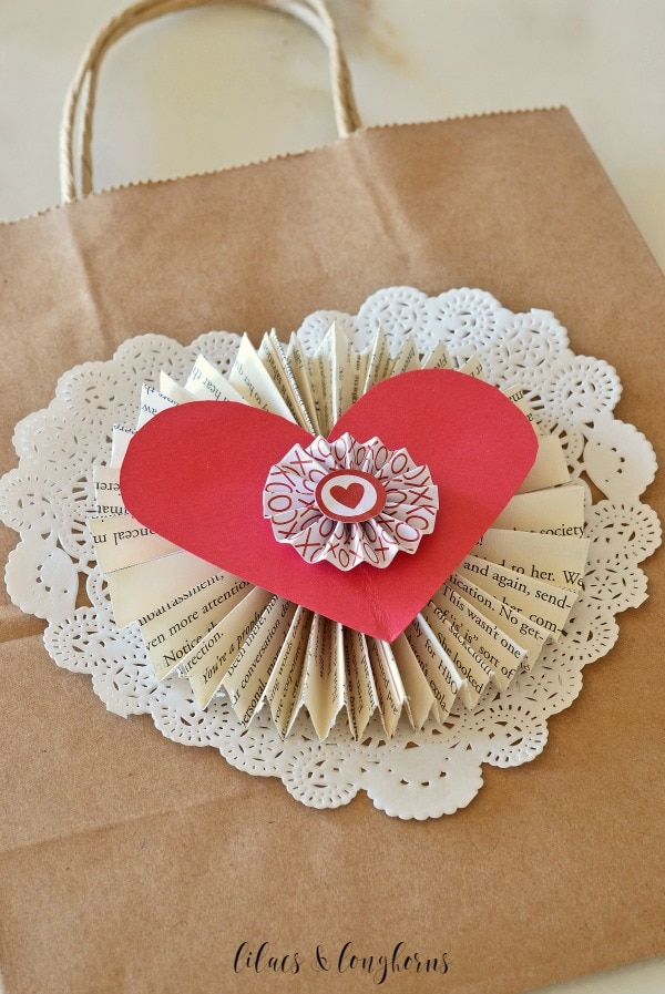 paper-Valentines-Day-mail-bag