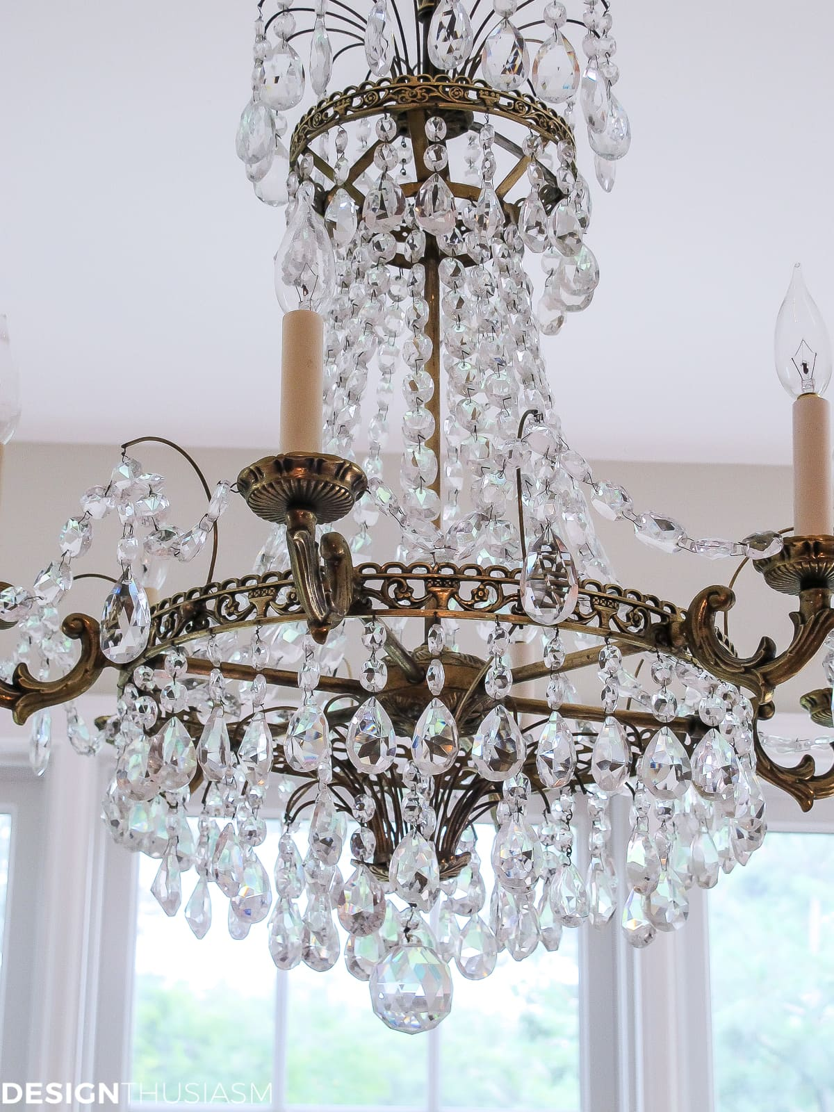 defining style elements crystal chandelier