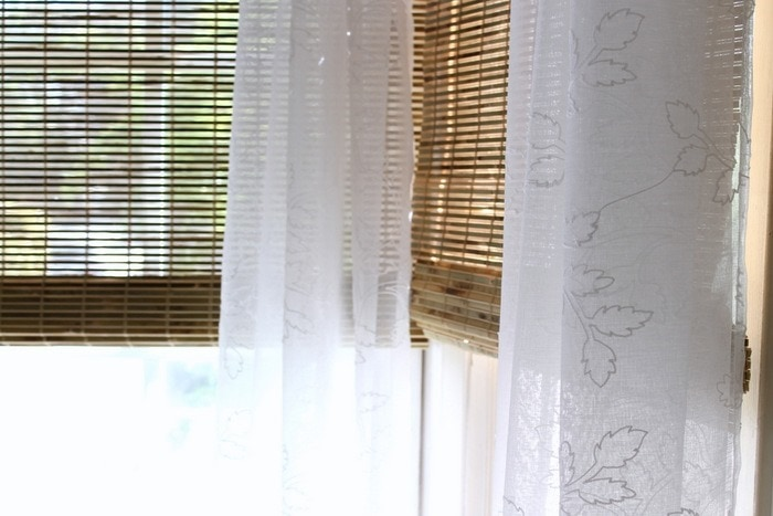 Bay-Window-Bamboo-Blind-Makeover---h[27]