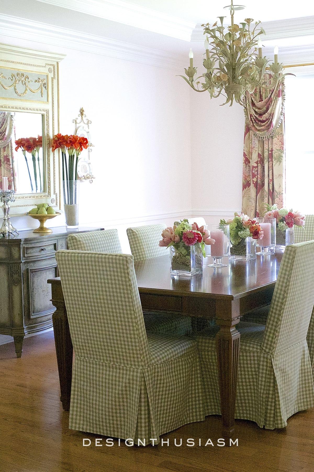Townhouse Tour Main Floor | Dining Room | Designthusiasm.com