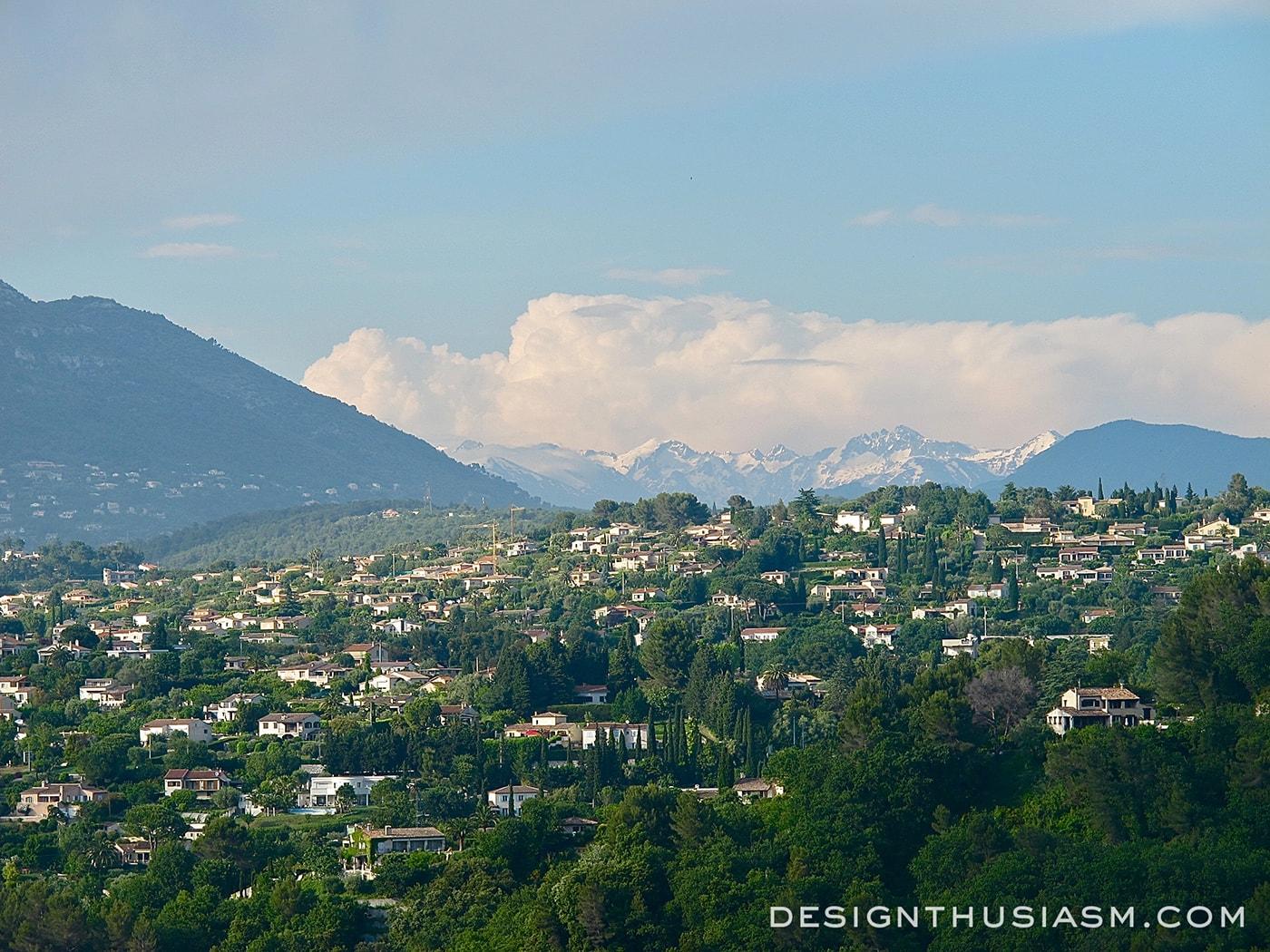 Saint-Paul-de-Vence - The Prettiest Hilltop Village in France - Designthusiasm.com