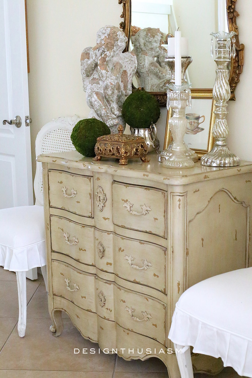 Foyer Table Vignettes : Foyer decorating on pinterest foyers vignettes and home