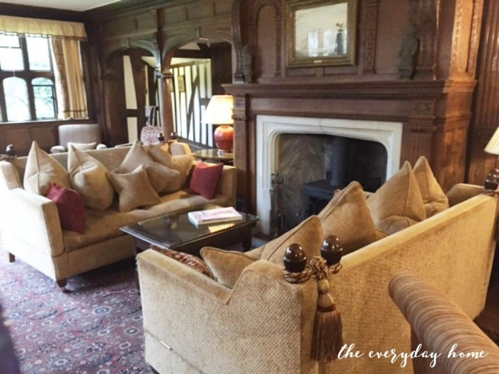 Hever-Castle-Inn-Sitting-Room-Fireplace-The-Everyday-Home-705x529