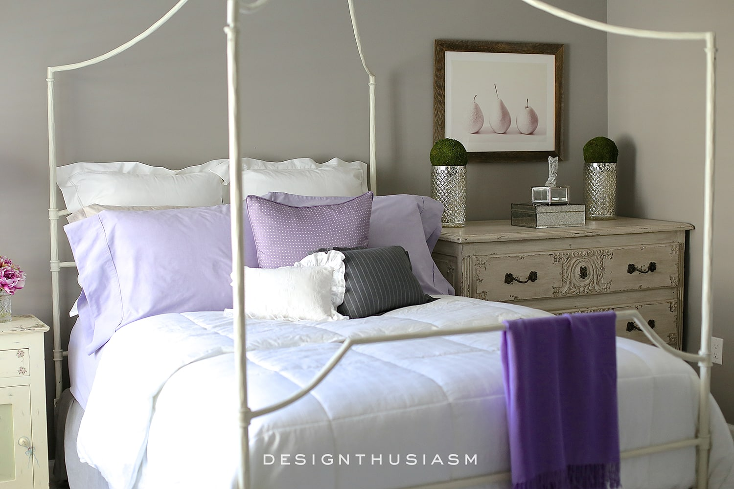 Lilac and Grey Bedroom | Designthusiasm.com