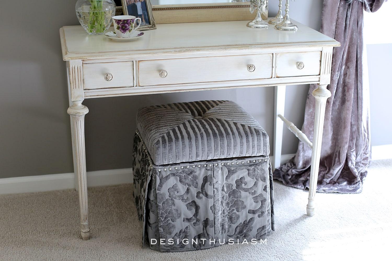 Lilac and Grey Bedroom   Designthusiasm.com